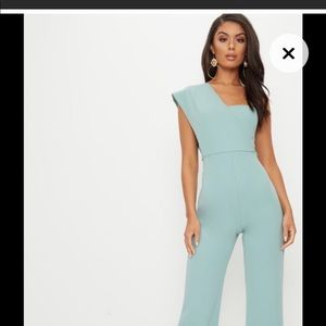 Mint green jumpsuit Pretty little things NWT